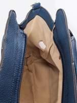 Granatowa torba z klamrami z odpinanym paskiem