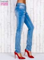 Jasnoniebieskie spodnie jeansowe z wysokim stanem