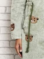 Jasnozielona kurtka parka z misiowymi naszywkami