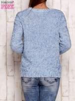 Niebieski otwarty włochaty sweter