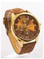 Nowoczesny i duży męski zegarek na skórzanym welurowym pasku oraz z ozdobnym chronografem na tarczy.