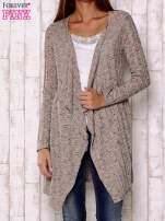 Wielokolorowy sweter z otwartym dekoltem