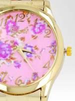 Złoty zegarek damski na bransolecie z rjasnoóżowym motywem kwiatowym
