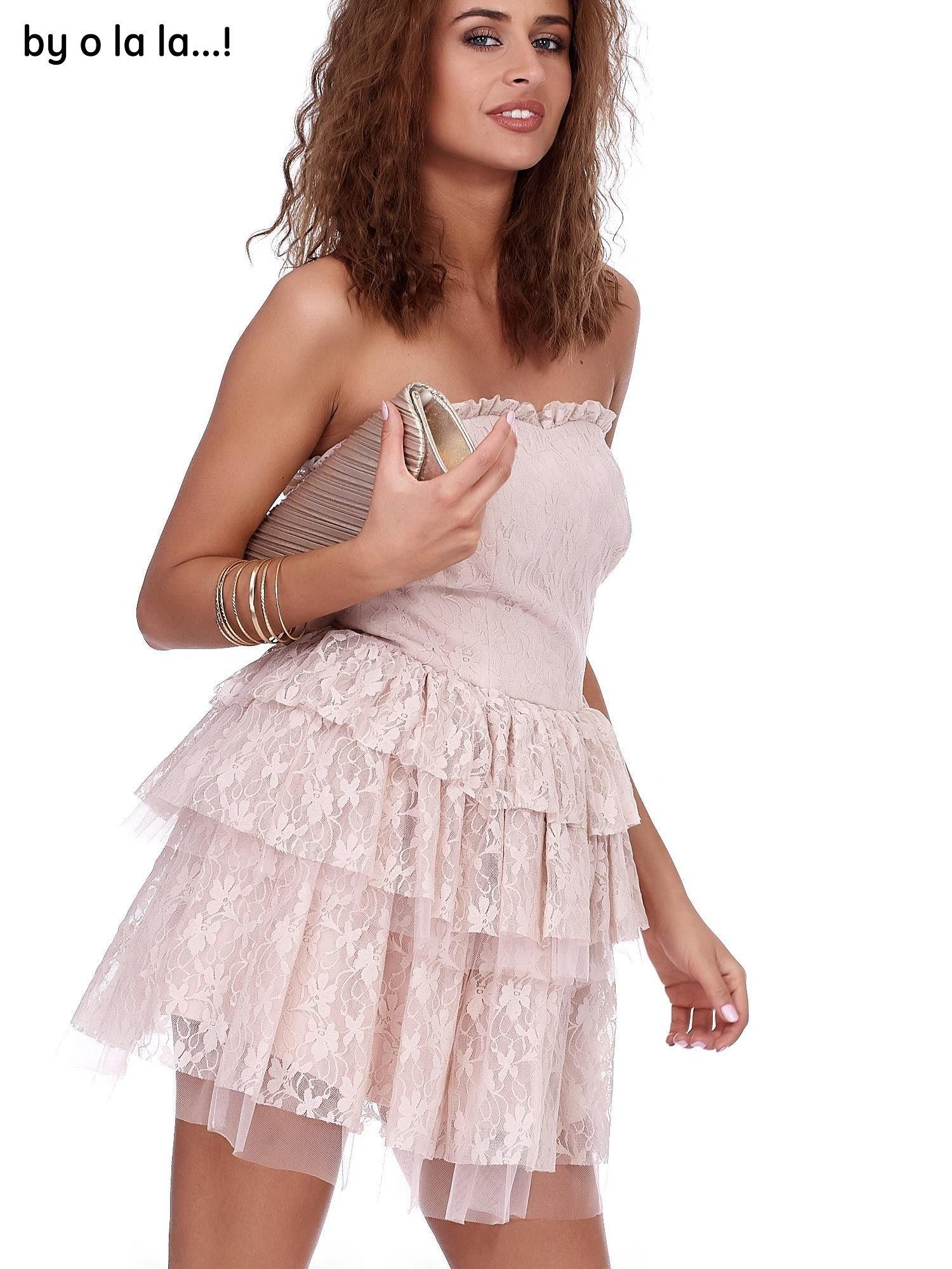 7973033201 1 · Różowa koronkowa sukienka z warstwowymi falbanami BY O LA LA ...
