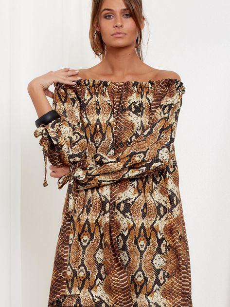 SCANDEZZA Brązowa sukienka hiszpanka oversize ze wzorem skóry węża                              zdj.                              5