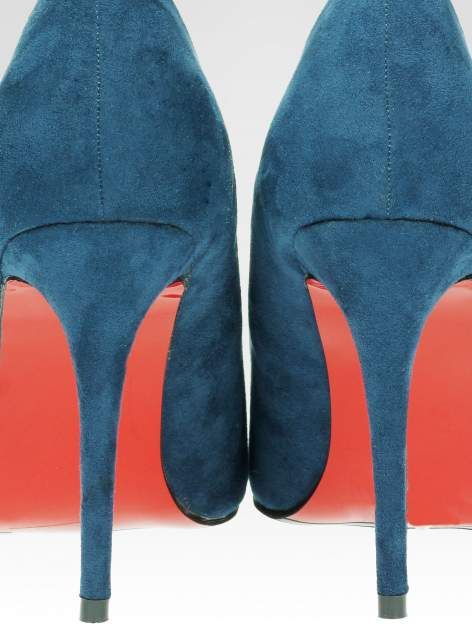 Niebieskie szpilki w szpic z zamszu faux suede                                  zdj.                                  8