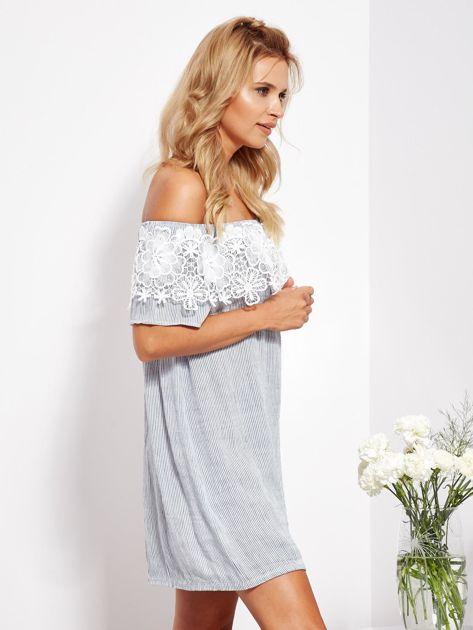 SCANDEZZA Biało-niebieska sukienka hiszpanka w cienkie paski                              zdj.                              3