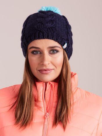 4F Granatowa czapka zimowa z wymiennymi pomponami