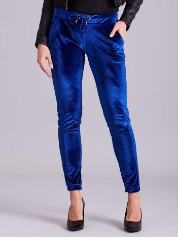 Aksamitne spodnie dresowe z troczkami niebieskie
