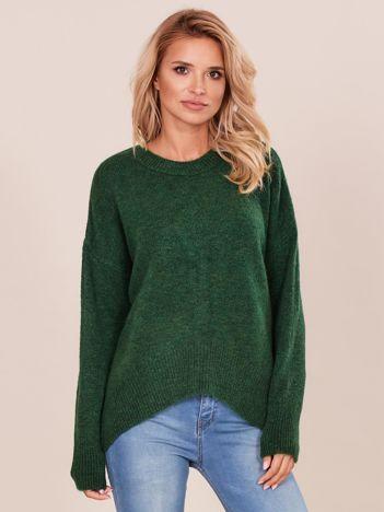Asymetryczny zielony sweter