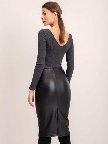BSL Czarna dopasowana spódnica