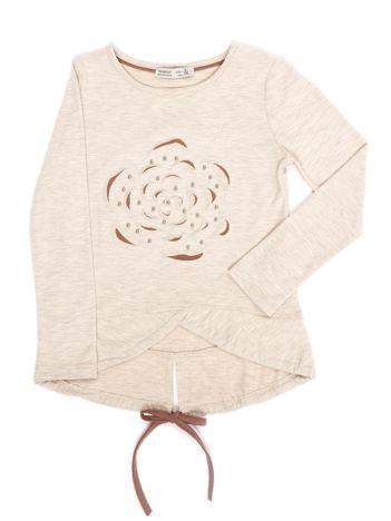 Beżowa bluzka dla dziewczynki z wypukłym kwiatem