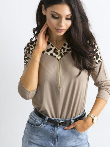 Beżowa bluzka z motywem zwierzęcym