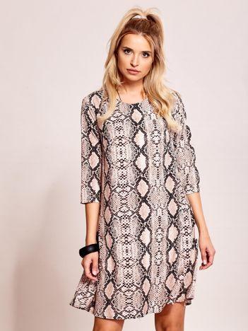 Beżowa luźna sukienka z motywem skóry węża
