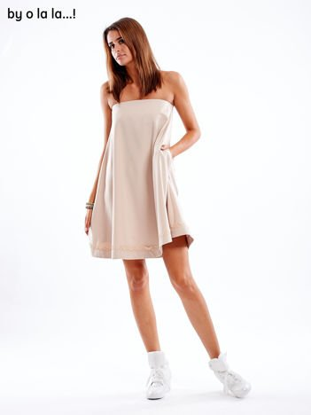 Beżowa sukienka z koronkową lamówką BY O LA LA