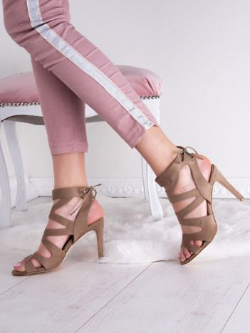 Beżowe sandały SABATINA na szpilkach