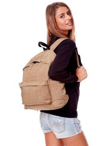Beżowy materiałowy plecak