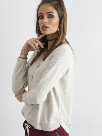 Beżowy sweter damski z suwakiem