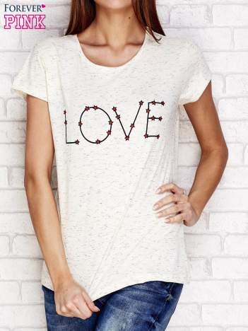 Beżowy t-shirt z napisem LOVE