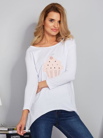 Biała asymetryczna bluzka z babeczką