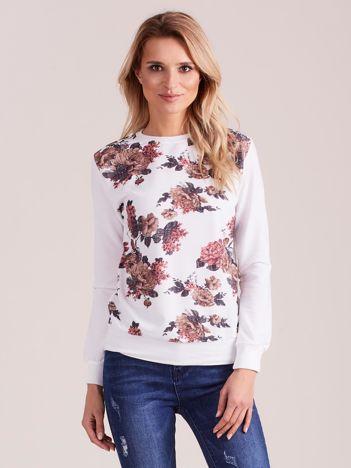 Biała bluza vintage w kwiaty