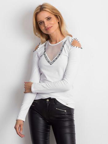 Biała bluzka cold shoulder z aplikacją