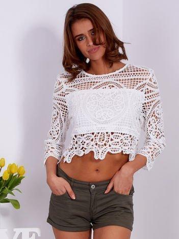 Biała krótka ażurowa bluzka