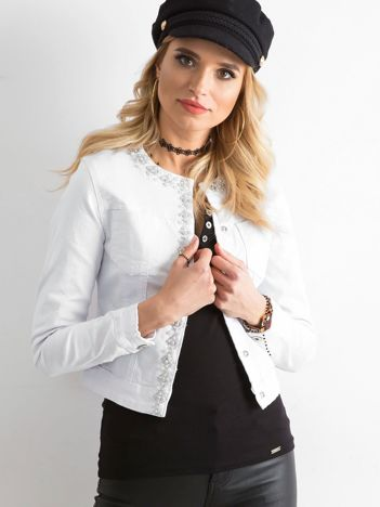 Biała kurtka jeansowa z aplikacją
