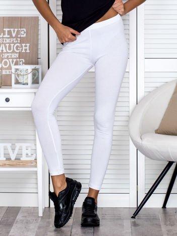 Białe legginsy gładkie