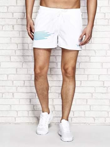 Białe męskie szorty kąpielowe z nadrukiem
