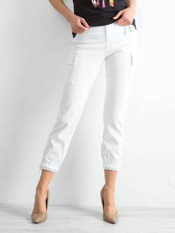 Białe spodnie Vintage