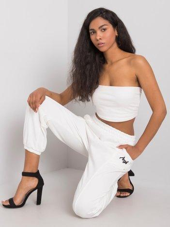 Białe spodnie dresowe Richelle