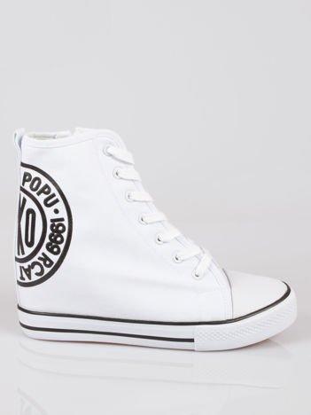 Białe trampki na koturnie sneakersy z logo Joann