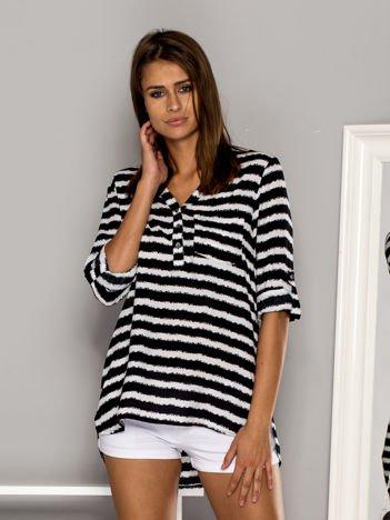 Biało-czarna koszula w paski