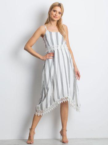 Biało-czarna sukienka Acceptable