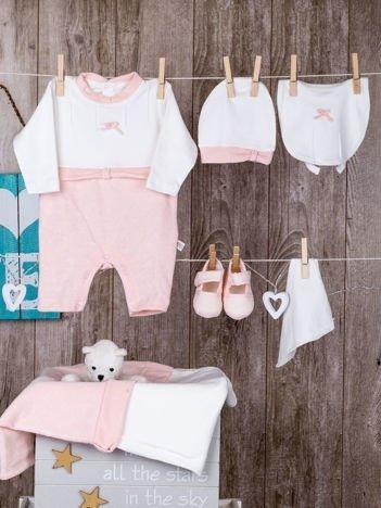 Biało-różowa  6-elementowa wyprawka niemowlęca do szpitala dla dziewczynki