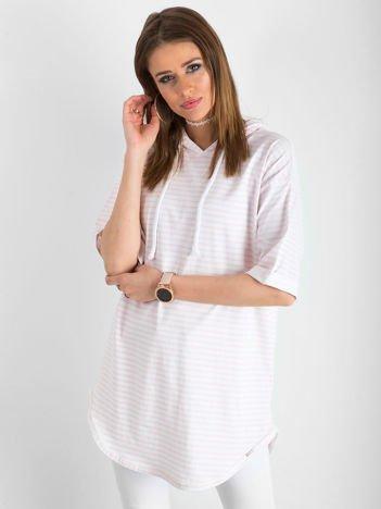 Biało-różowa bluzka w paski