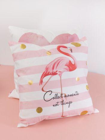 Biało-różowa poduszka dekoracyjna z flamingiem