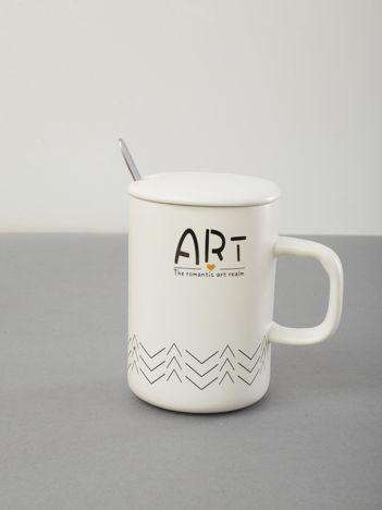Biały ceramiczny kubek z pokrywką i nadrukiem