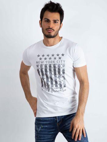 Biały męski t-shirt Designed