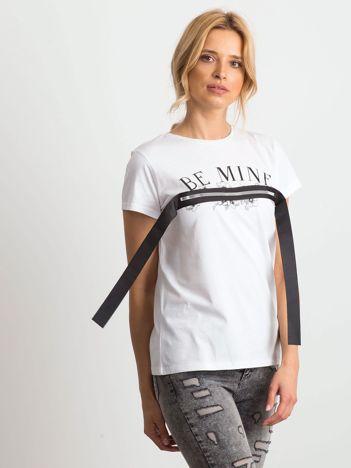 Biały t-shirt Assumption