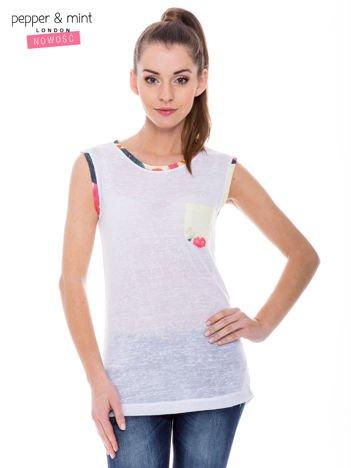 Biały t-shirt z kolorową kieszonką i lamówką
