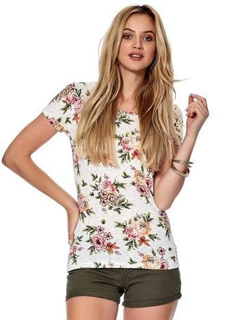 Biały t-shirt z kolorowym kwiatowym printem