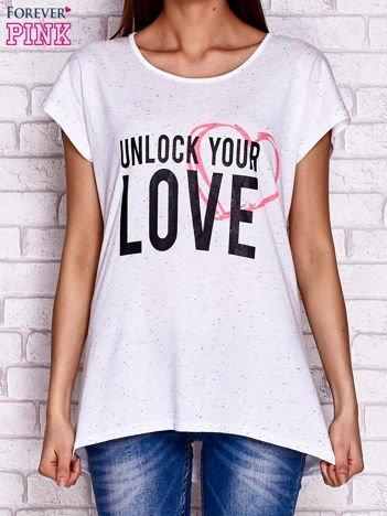 Biały t-shirt z napisem UNLOCK YOUR LOVE