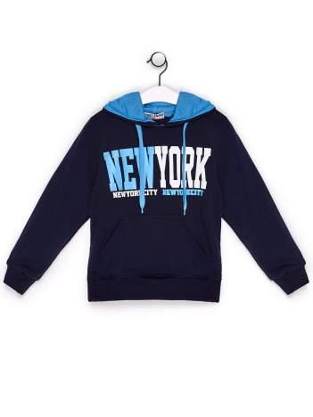 Bluza chłopięca z kapturem i napisem NEW YORK granatowa
