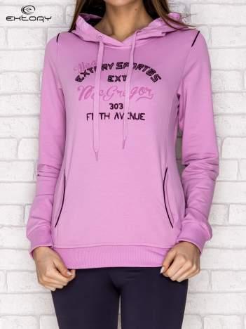 Bluza z napisami i kapturem jasnofioletowa