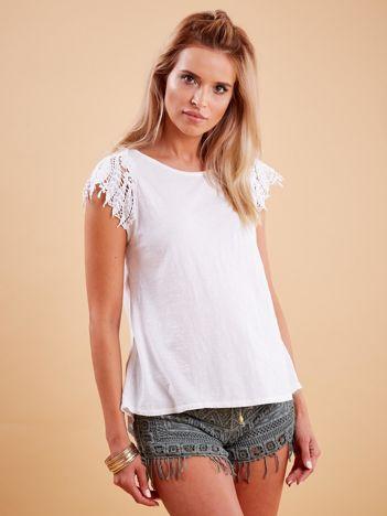 Bluzka biała z koronkowymi rękawami