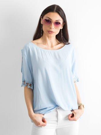 Bluzka damska z pomponikami niebieska