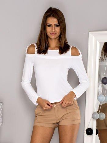 Bluzka damska z wycięciami i klamerkami biała