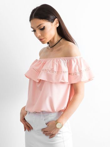 Bluzka z hiszpańskim dekoltem różowa